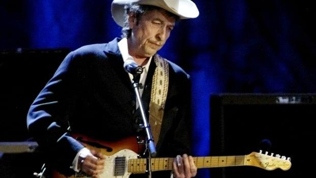 Bob Dylan, 1960'larda 12 yaşındaki çocuğa cinsel istismarda bulunduğu iddiasıyla dava açtı.
